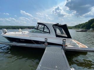 Thumbnail - Larson 370 Cabrio Day Cruiser, Hardtop
