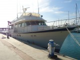 Hatteras Yachts - Hatteras 85 - Image 5