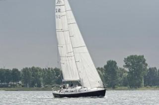 Thumbnail - Hanse 401