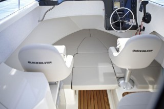 Quicksilver - 675 Pilothouse 175PS Lagerboot
