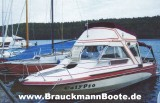 Glastron mit Flybridge