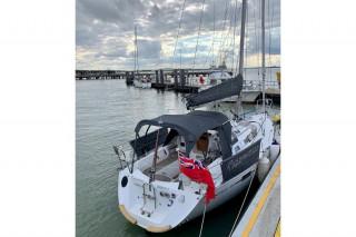 Thumbnail - Beneteau Oceanis 320