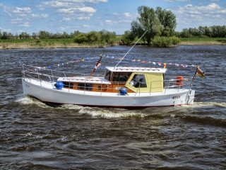Thumbnail - Eigenbau ehemaliges Rettungsboot