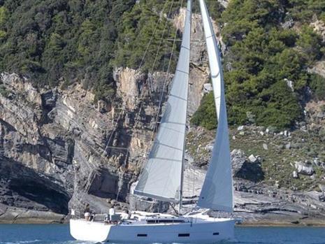 Dufour Yachts - Dufour 430