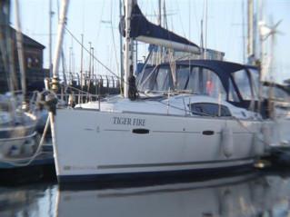 Thumbnail - Beneteau Oceanis 40