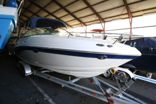 Chaparral Boats - Chaparral 235i Daycruiser