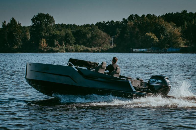 Diamond 550 BLACK