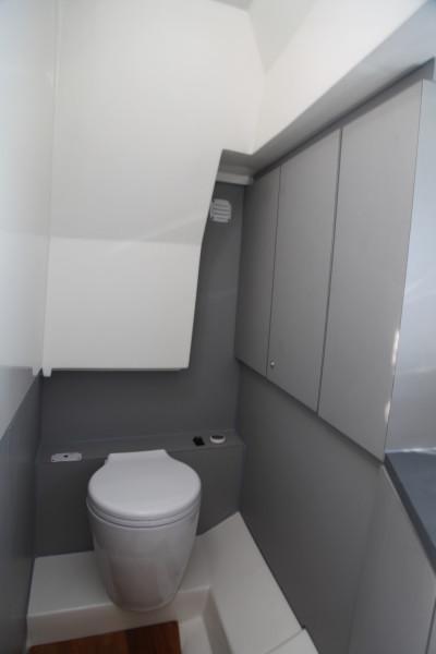 Nuva M8 cabin