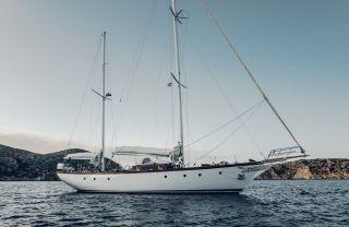 Thumbnail - Alan Pape One Off Sailing Yacht