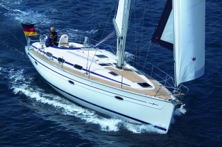Yacht of the week - '39 BAVARIA 39 Cruiser