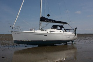 Yacht of the week - Feeling 32 Integralschwert