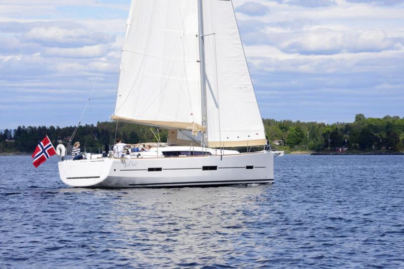 Dufour Yachts - Dufour 412GL